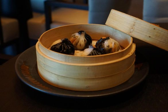 zhen wei restaurant review caesars bluewaters