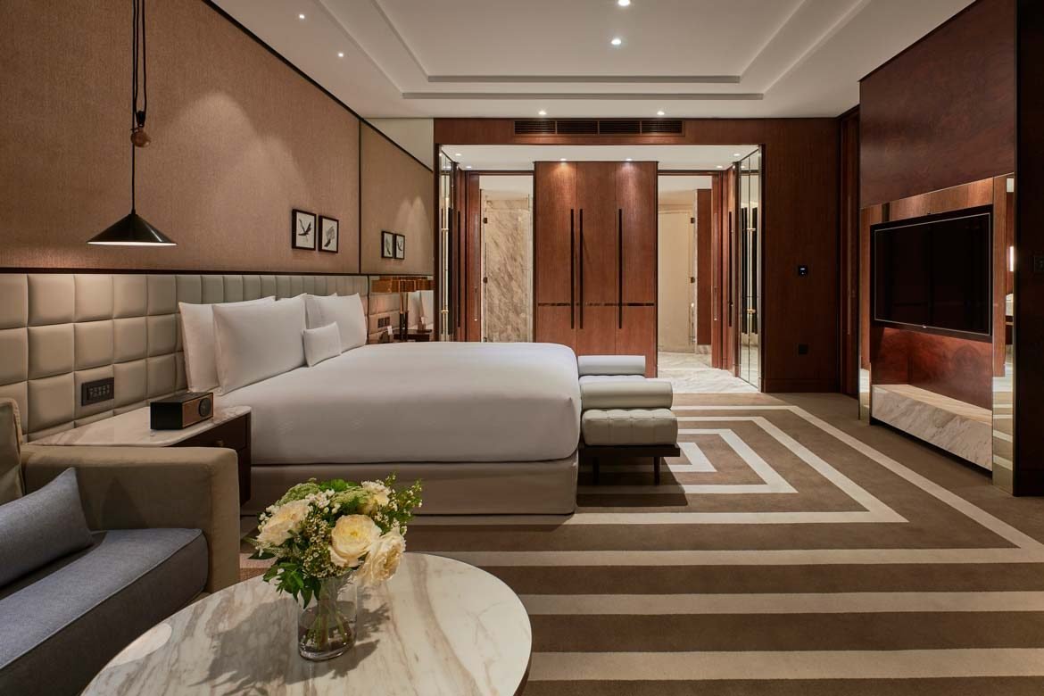 We Spend A Weekend At The Waldorf Astoria Difc S Newest Luxury Hotel The Luxeologist