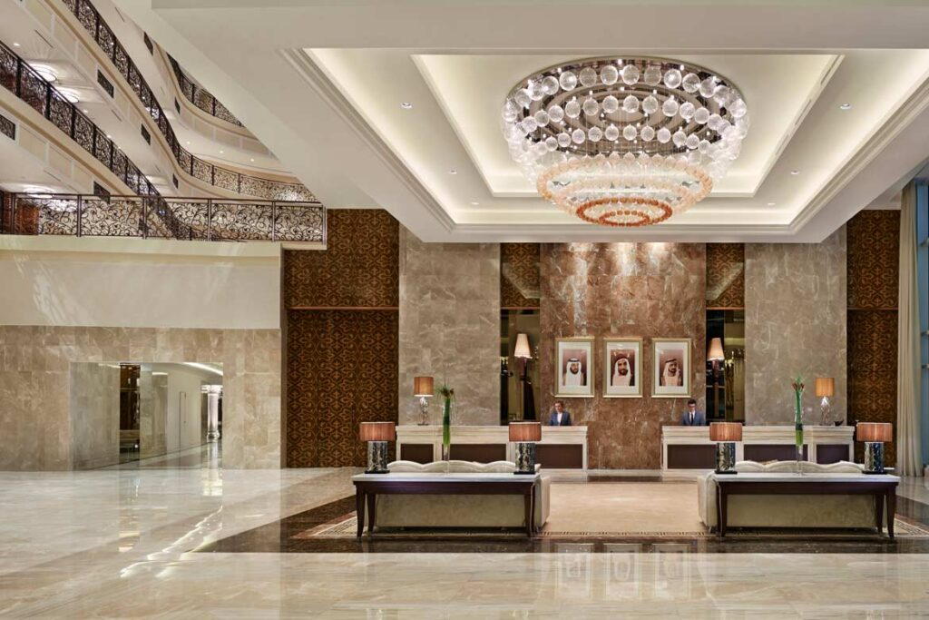Waldorf Astoria Palm Jumeirah Dubai hotel review