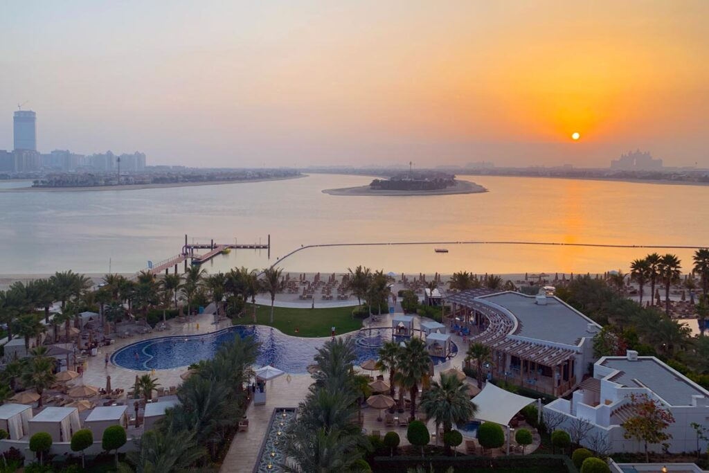 waldorf astoria palm jumeirah review 8323