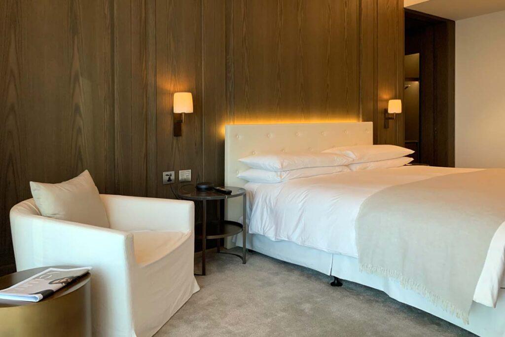 edition abu dhabi bedroom